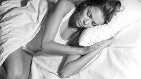 Rutinas, técnicas y dormir en un colchón de calidad para lograr un buen descanso